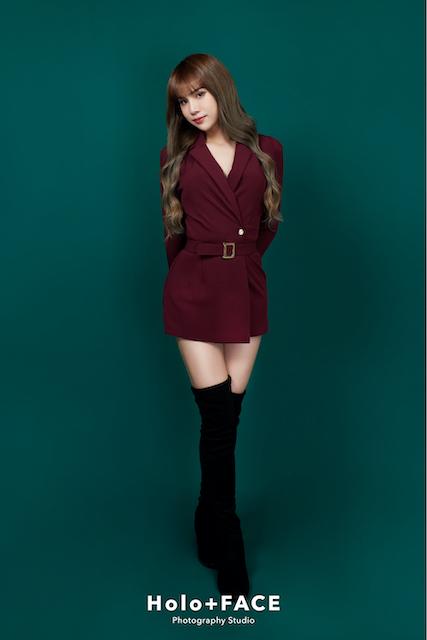 Holo+FACE 專業形象照 寫真照 model card 韓式證件照 台北形象照 台中形象照 小A辣