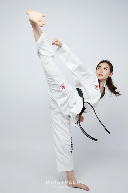 Holo+FACE 專業形象照 寫真照 台北形象照 台中形象照 高雄形象照 跆拳道